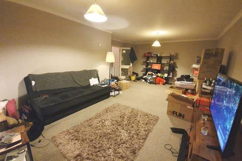 2 bedroom apartment to rent - Whitehaven Close, Bromley