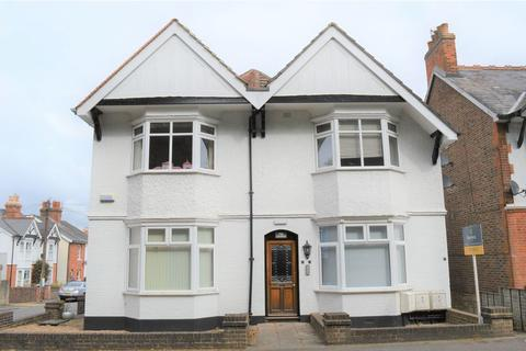 1 bedroom apartment to rent - Studio Apartment in Sought After Langton Green Village Location, TN3 0ET