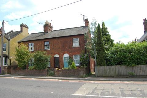 2 bedroom cottage to rent - Nightingale Road, Hitchin, SG5