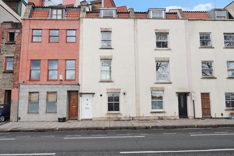 3 bedroom terraced house to rent - Hotwell Road, Bristol