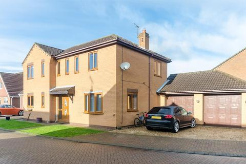 4 bedroom detached house for sale - Haymer Drive, Hedon