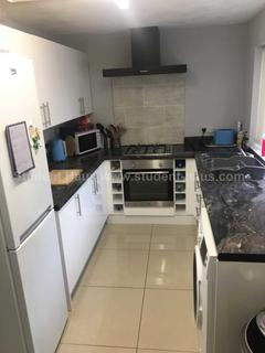 3 bedroom house share to rent - Langton Street, Salford, M6 5PU