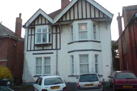 7 bedroom house to rent - Bryanstone Road, Talbot Woods, Bournemouth