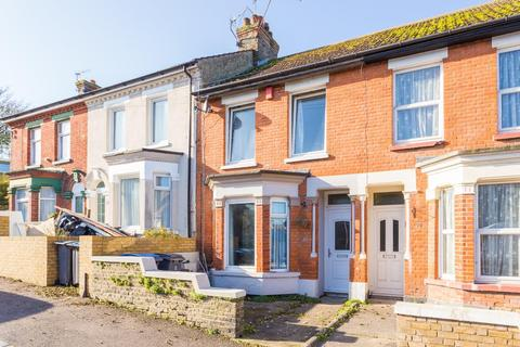 3 bedroom terraced house for sale - Church Road, Dover