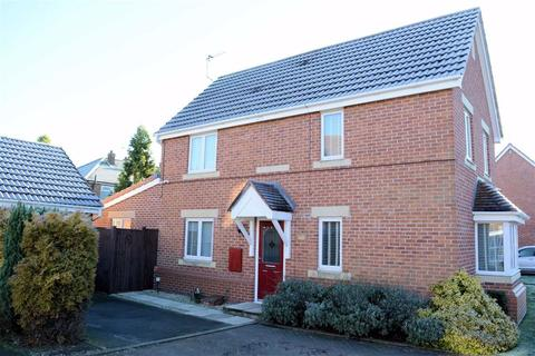 3 bedroom semi-detached house for sale - Churchfields, Carlton, DN14
