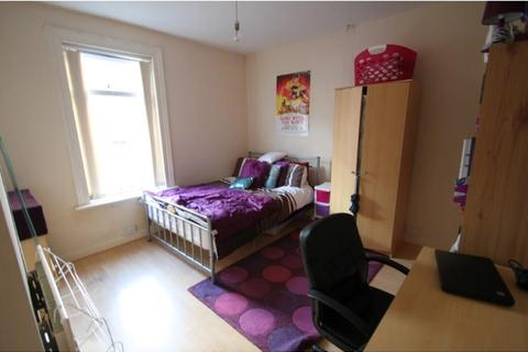 3 bedroom house to rent - 17 Rosa Road, Crookesmoor, Sheffield