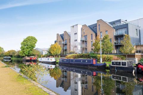 2 bedroom apartment to rent - Burnham House, West Drayton, UB7