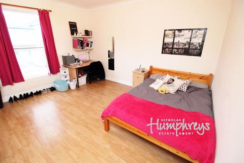 4 bedroom flat to rent - Lodge Road, Portswood, SO14 6RE