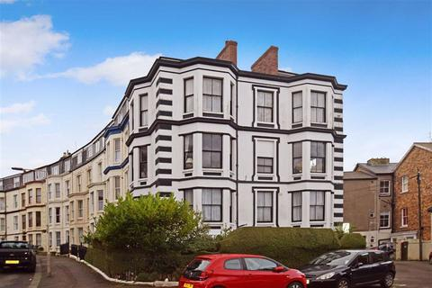 4 bedroom flat for sale - Crown Crescent, Scarborough, North Yorkshire, YO11