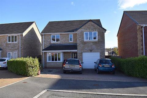 3 bedroom detached house for sale - Glenfields Road, Haverfordwest