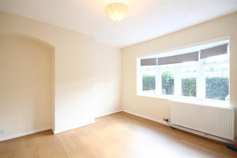 3 bedroom terraced house to rent - Westway, East Acton, W12 0PU
