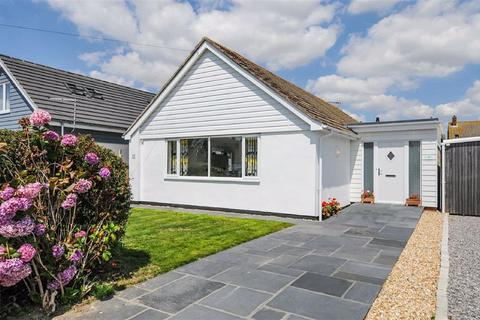 3 bedroom detached bungalow to rent - Seafield Close, Chichester, West Sussex