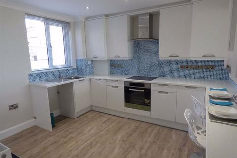 2 bedroom flat to rent - Links Court, Whitley Bay