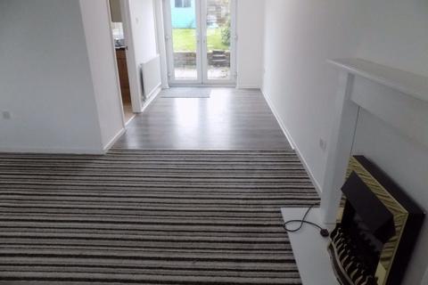 2 bedroom house to rent - Ridgewood Gardens, Cimla