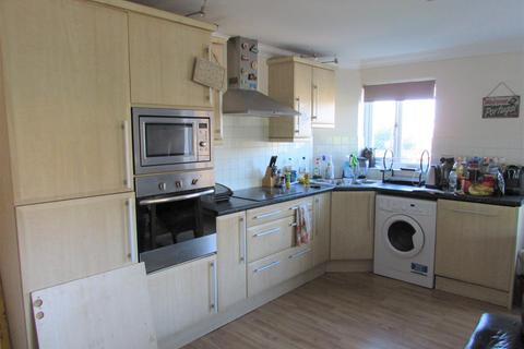 3 bedroom coach house to rent - Treetop Close, Luton