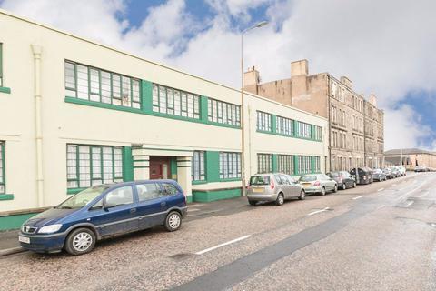 2 bedroom flat to rent - BONNINGTON ROAD, BONNIGNTON, EH6 5BH