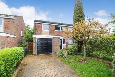 3 bedroom semi-detached house to rent - Lincroft, Oakley, Bedford