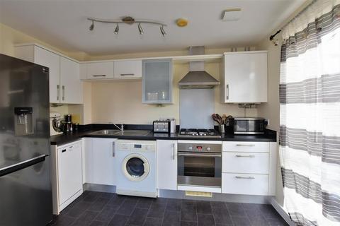 1 bedroom flat for sale - Laurens Van Der Post Way, Ashford, Kent