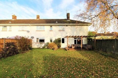 1 bedroom ground floor maisonette for sale - Canterbury Road, Crawley, West Sussex. RH10 5EZ