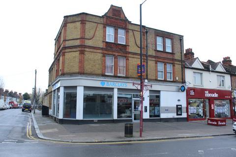 2 bedroom flat for sale - Hertford Road, EN3