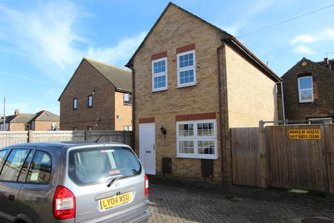 1 bedroom detached house for sale - Mill Road, Deal, CT14