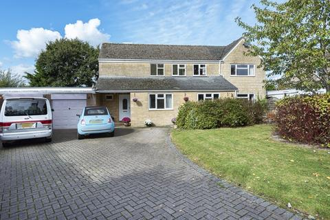4 bedroom detached house for sale - Minety