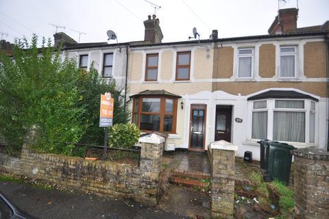 3 bedroom terraced house to rent - Linden Road, Ashford