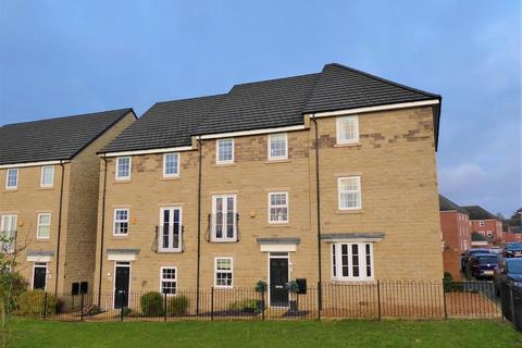 4 bedroom townhouse for sale - Henry Grove, Pudsey