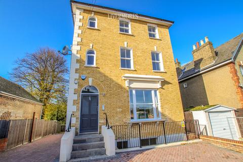 2 bedroom apartment to rent - Station Road, Crayford