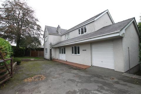 4 bedroom detached house to rent - Bangor, Gwynedd
