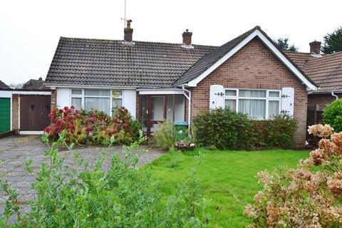 3 bedroom chalet for sale - East Mead, Ferring, West Sussex, BN12 5EA