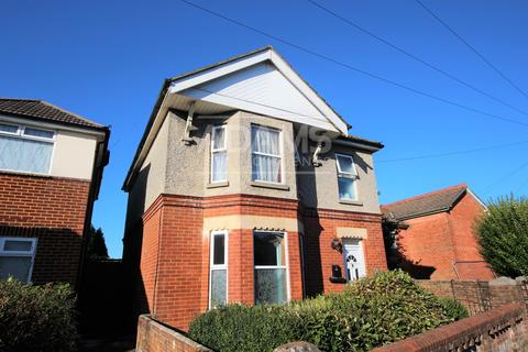4 bedroom house to rent - Ridley Road, Winton, Bournemouth