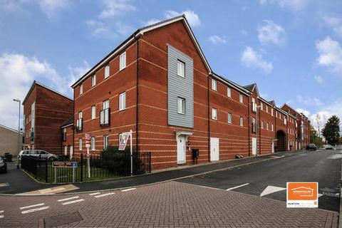 2 bedroom flat to rent - Merton Way, Walsall
