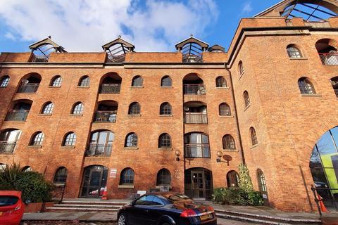 2 bedroom apartment to rent - CASTLE QUAY, M15