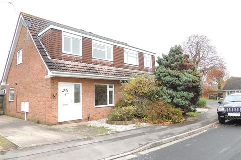 3 bedroom semi-detached house to rent - Edgewood Close, Longwell Green, Bristol