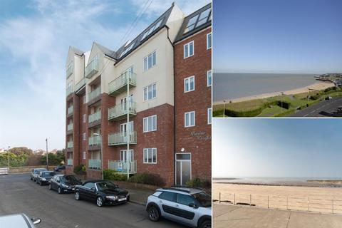 1 bedroom flat for sale - St. Mildreds Gardens, Westgate-On-Sea