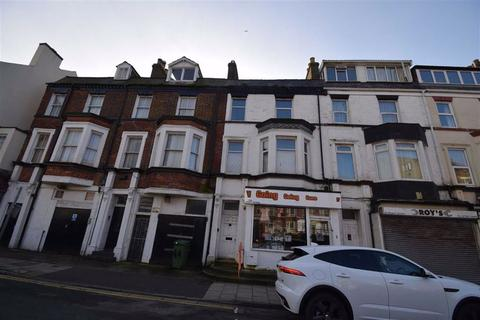 3 bedroom flat for sale - Regent Terrace, Bridlington, East Yorkshire, YO15
