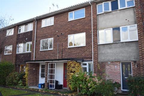 2 bedroom maisonette for sale - Westmorland Close, St Margarets