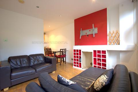 2 bedroom apartment to rent - Cottage Grove, Clapham North
