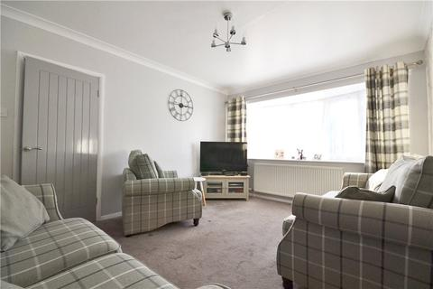 2 bedroom semi-detached bungalow for sale - Kinderton Grove, Norton, Stockton-On-Tees