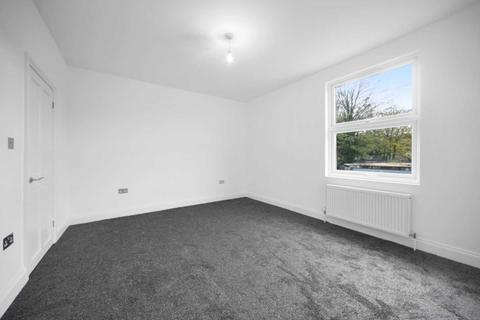 2 bedroom semi-detached house for sale - Burrage Place, London
