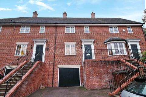 4 bedroom terraced house to rent - Philbrick Close, Colchester, Essex, CO1