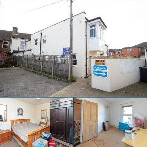 2 bedroom flat for sale - Holdenhurst Road, 2 Double Bedrooms