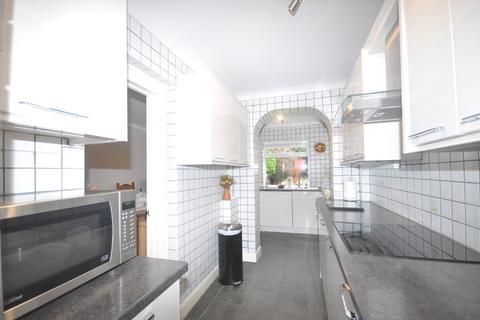 3 bedroom semi-detached house to rent - Langdale Crescent Bexleyheath DA7