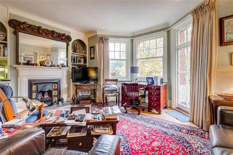 2 bedroom flat for sale - Stafford Mansions, Albert Bridge Road, London