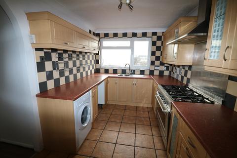 3 bedroom flat to rent - LU3