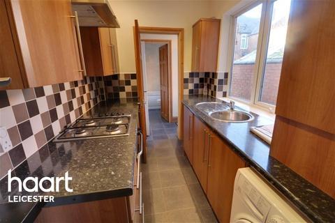 3 bedroom terraced house to rent - Dunton Street