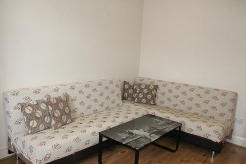 Studio to rent - Keats Parade , N9 9DP