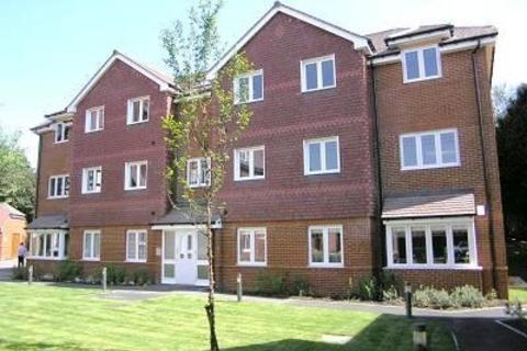 2 bedroom flat to rent - Knotley Way West Wickham BR4