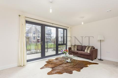 3 bedroom apartment to rent - Fisher Close, SE16
